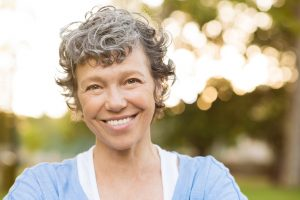 Learn more about the benefits of dental implants in Las Alamitos.